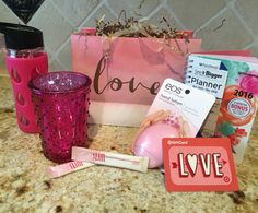 Be entered to win this gift bag by joining my team as a new plexus ambassador. Sign up now until 1/30/16 drawing will be on the 31st! http://shopmyplexus.com/maureenguarro