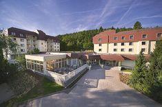 Noclegi w Austri, tania rezerwacja Austria, Spa, Mansions, House Styles, Home Decor, Recovery, Decoration Home, Manor Houses, Room Decor