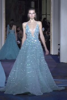 Embellished Sea-green Backless Slip A-Lane Evening Dress / Evening Gown with Deep V-Neck Cut, Spaghetti Straps, Open Back and a Train. Couture Spring Summer 2019 by Zuhair Murad Blue Wedding Dresses, Beautiful Prom Dresses, Elegant Dresses, Pretty Dresses, Haute Couture Dresses, Couture Mode, Couture Fashion, Zuhair Murad, Spring Summer