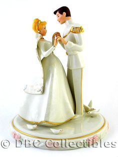 If Boatwright Photography Rasmussen Doesnt Have Some Sort Of Disney Cake Topper For Her Future Wedding Im Gunna Cut Someone