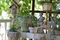 Perfect items to collect for a shabby garden