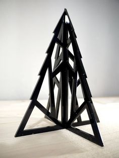 Geometric Xmas Tree - albero di Natale in plexiglass lasercut | por Vectorealism: