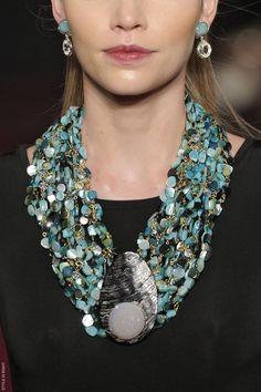 Francesca Romana Diana runway, turquoise necklace,  City:Rio de Janeiro