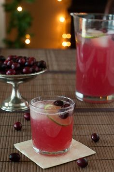 Christmas Punch with cranberry & lime. 16 oz (2 cups) Cranberry Cocktail Juice 16 oz (2 cups) Lemon Lime soda 3 oz (approx generous 1/3 cup) Limeade concentrate, thawed Ice Limes & Cranberries for garnish Gin or Vodka (optional) 1. Stir together the juice, soda & concentrate. 2. Add ice & limes & cranberries for garnish. 3. Serve immediately.