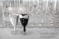 Flute, Champagne, Tableware, Dinnerware, Flute Instrument, Dishes, Flutes, Place Settings, Transverse Flute