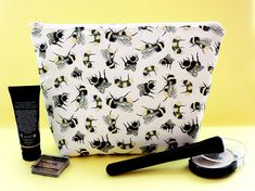 Your place to buy and sell all things handmade Makeup Pouch, Makeup Bags, Bee Makeup, Large Cosmetic Bag, Bee Gifts, Gifts For Nature Lovers, Wash Bags, Toiletry Bag, Printing On Fabric