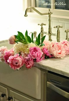 Peonies in the Sink by Dear Lillie Beautiful! Love the faucet, white farm sink, and marble counter. And of course, the Peonies!