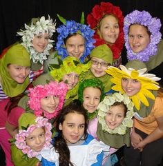 Gallery For > Alice In Wonderland Flowers Costume