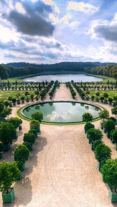 Jardin de l'Orangerie et pièce d'eau des Suisses