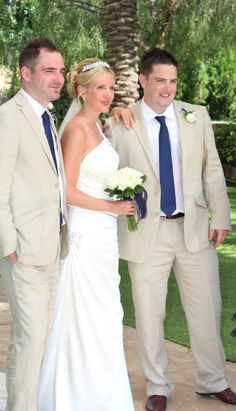 16) Some sort of pose with Bride, Groom and best man.