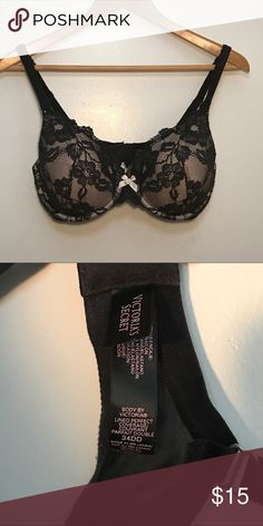 Victoria's Secret Lined Perfect Coverage Bra 34DD Gently used // Body by Victoria // Lined Perfect Coverage // Full Coverage underwire cups // Lighter memory fit lining for extra support as it conforms to you // 34DD // PRICE IS FIRM Victoria's Secret Intimates & Sleepwear Bras
