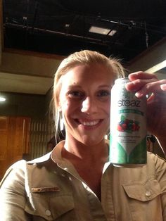 Katee Sackhoff  currently drinking a #steaz as a matter if fact.