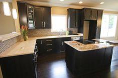 Kitchen Cabinets - Dark Shaker - Craftsmen Network