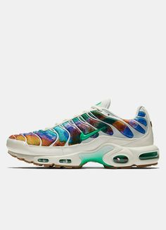 The Vibrant New Air Max Plus Is So Out Of This World Air Max Plus 5a704fa75