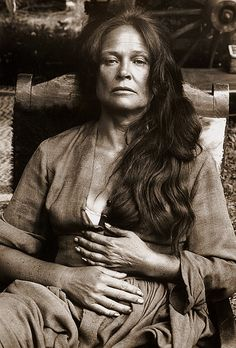 Colleen Dewhurst, portrait, 'The Cowboys', 1971 by Bob Willoughby,  I just loved this woman, her smile and her raspy voice, she was wonderful in Anne of green gables too