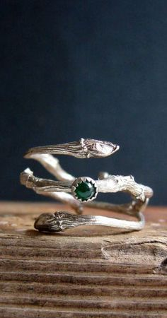 Emerald Ring Silver Twig Cabochon Witch Ring