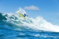Rip Curl Pro Bells Beach Final: Mick Fanning Wins / 2015年4月9日、オーストラリアベルズビーチでRip Curl Proの準々決勝、準決勝、決勝が行われた。Mick Fanningが2年連続でRip Curl Proを征した。