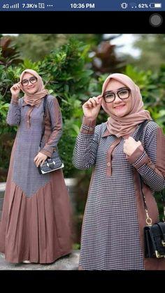 Baju muslim Source by shaganahmad dresses muslim Batik Fashion, Abaya Fashion, Fashion Dresses, Abaya Mode, Mode Hijab, Muslim Women Fashion, Islamic Fashion, Frock Design, Hijab Style Dress
