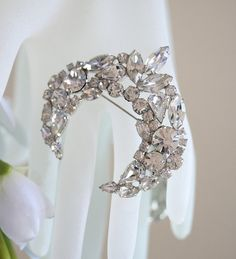 Brooch Pin Vintage Rhinestone Brooch Wedding Dress by KDBridal, $48.00