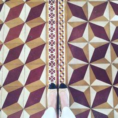 Gong Xi Fa Cai. #happylunarnewyear#ihavethisthingwithfloors#ihavethisthingwithtiles#ihaveathingwithfloors#amazingfloorsandwanderingfeet#carrelage#design#fromwhereistand#fwis#igers#instagood#jj#lookyfeets#lookingdown#pattern#singaporegypsy#tiles#tileaddiction#viewfromthetop by singaporegypsy
