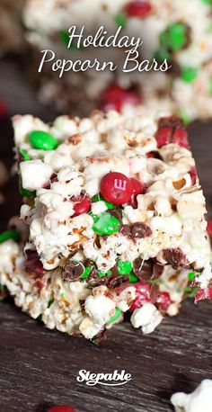 Just as easy as a batch of rice krispie treats, these Holiday Popcorn Balls are the perfect holiday treat to make with the kids this year. Holiday Baking, Christmas Desserts, Holiday Treats, Christmas Treats, Christmas Baking, Holiday Recipes, Christmas Goodies, Christmas Holiday, Delicious Desserts