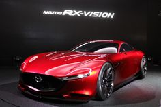 マツダが新世代ロータリースポーツカー、RX-VISIONを東京モーターショーで初披露