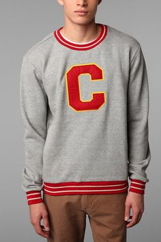 Champion for UO Varsity Crew Sweatshirt #urbanoutfitters #champion I know this is men's, but I love it!