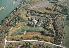 Sistemas de fortificaciones en la confluencia de los ríos of Danubio y Váh en Komárno - Komárom