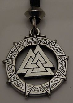 Valknut Pendant Nordic Odin's Viking Knot of the Fallen Norse Necklace Amulet