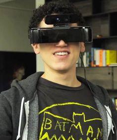 Google Glasses + Leap Motion = Morning of Meta !  Une paire de lunettes qui mélange réalité augmentée et motion control façon kinect !