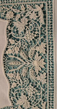 Crochet Leaf Patterns, Crochet Leaves, Tatting Patterns, Lace Patterns, Hand Embroidery Stitches, Embroidery Art, Antique Lace, Vintage Lace, Romanian Lace