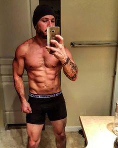 Sunday funday !  #gym #motivation #transformation #gymtime #flex #leanmuscle #muscle #underarmour #gymaddict #strength #core #cardio #inspiration #progress #squats #isagenix #fitspiration #dedication #fitnessaddict #inprogress #legday #paigehathaway #bodybuilder #life #physique by grambooo
