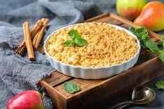 Συνταγή για τριφτή μηλόπιτα Crystallised Ginger, Apple Crumble Recipe, Ground Almonds, Crumble Topping, Fresh Cream, Apple Crisp, Fruit Juice, The Dish, Dishes