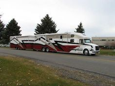 Luxury Trailer Homes   Luxury Motor Home Trailer even has a matching awning