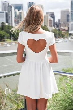 Heart cuttout on back... Would be even more adorbz if it had other colors mixed in with the white to give it more of a personality