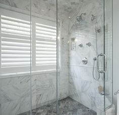 Trendy Bathroom Window In Shower Layout Bathroom Windows In Shower, Window In Shower, Small Bathroom Vanities, Bathroom Renos, Laundry In Bathroom, Bathroom Renovations, Bathroom Ideas, Bathroom Window Privacy, Bathroom Showers