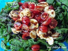 15K Soup, Salad & Sandwich Party ~ Spinach Tomato & Mozzarella Salad with Balsamic Drizzle