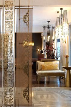 New folding screen design decor Ideas Screen Design, Wall Design, Room Partition Designs, Partition Walls, Pooja Room Door Design, Casa Loft, Moroccan Interiors, Pooja Rooms, Interior Decorating