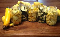 Carolina Food Storage: Canning Summer Squash & Zucchini Canning Food Preservation, Preserving Food, Preserving Zucchini, Canned Zucchini, Pickled Zucchini, Canned Food Storage, Food Storage Recipes, Pressure Canning Recipes, Canning 101