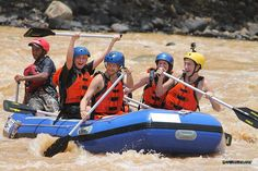 Our adventurous Danes get wet and wild on the Padas River rafting the rapids in Beaufort :)