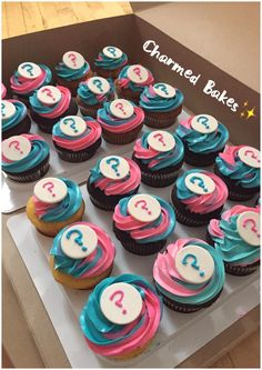 Gender reveal cupcakes boy or girl? Inside is the surprise...