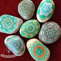 Lovely stone mandalas 😍 by: Pebble Painting, Dot Painting, Pebble Art, Stone Painting, Stone Crafts, Rock Crafts, Mandala Painted Rocks, Painted Stones, Painted Pebbles