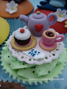 Mad Hatter's Tea Party - Alice in Wonderland Collection by Darcy's Cupcake Creations, via Flickr