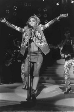 Madonna The Virgin Tour 1985 Madonna Music, Madonna 80s, Madona, Madonna Photos, Top 10 Hits, Going Solo, 80s Music, Pop Singers, Black White Photos