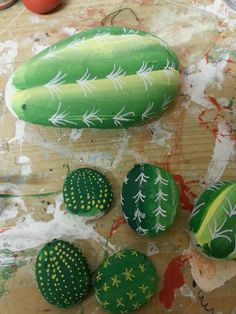 1000 images about cactus on pinterest painted rock for Sassi di fiume