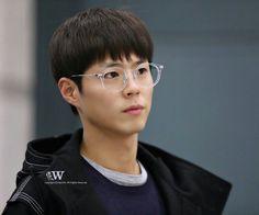 ♡ incheon airport (from hong kong) wish // do not edit or remove watermark. Asian Actors, Korean Actors, Park Go Bum, Bo Gum, Incheon, Kdrama, Hong Kong, Pure Products, Gumball Machine