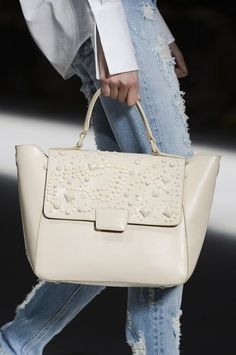 Picture 1 - Designer handbag trends spring/summer 2013