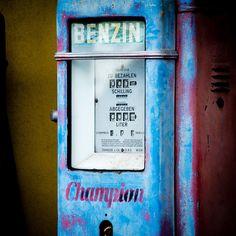 gasoline pump Jukebox, Landline Phone, Old Things, Pumps, Pumps Heels, Pump Shoes, Heel Boot, Slipper