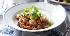 Tender beef, vegies and sweet orange sauce make this a great recipe to try in your slow cooker tonight.