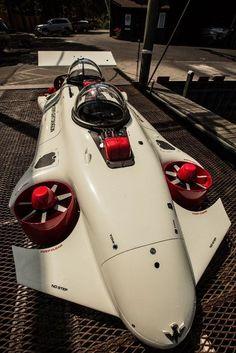 When a submarine meets a quadcopter   #DriveSmart